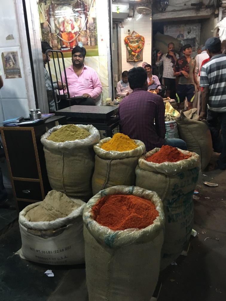 new-delhi-spice-market-spices